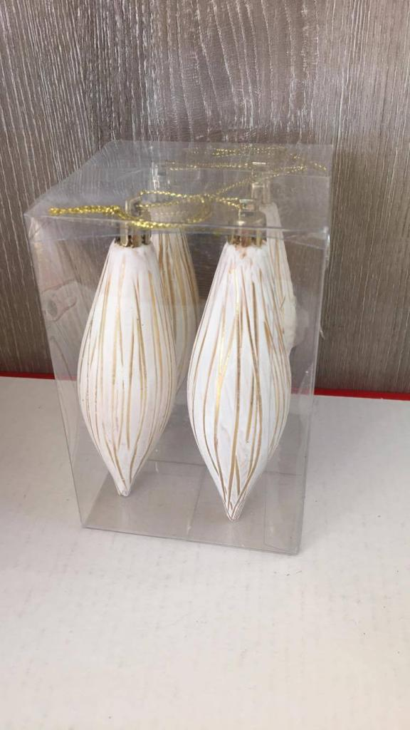 Set 4 globuri model țurțure auriu