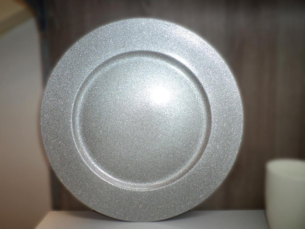 Platou rotund decor argintiu